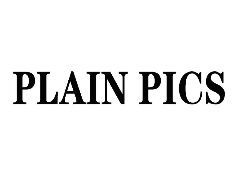 PLAIN PICS