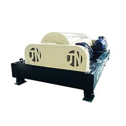 一种锌合金双法兰联轴器隔离海水淡化装置